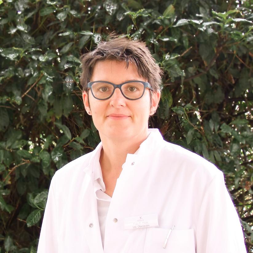 Frau Esther Haas