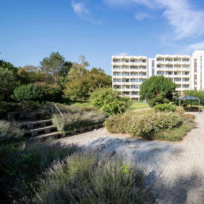 Der eigene Park für Patienten der Rheintalklinik