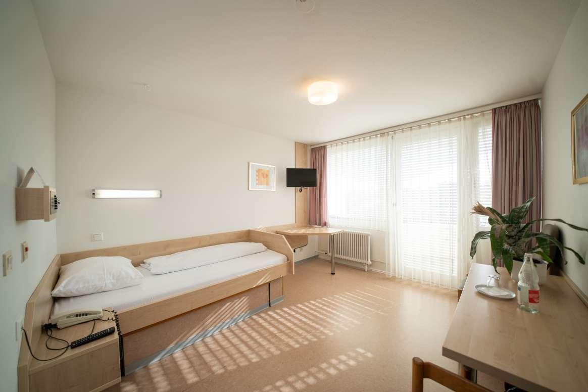 Einzelzimmer – Rheintalklinik Bad Krozingen